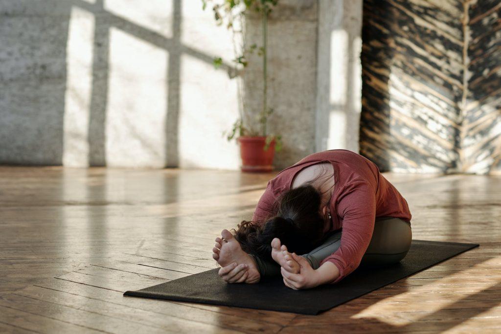 evde yoga nasıl yapılır
